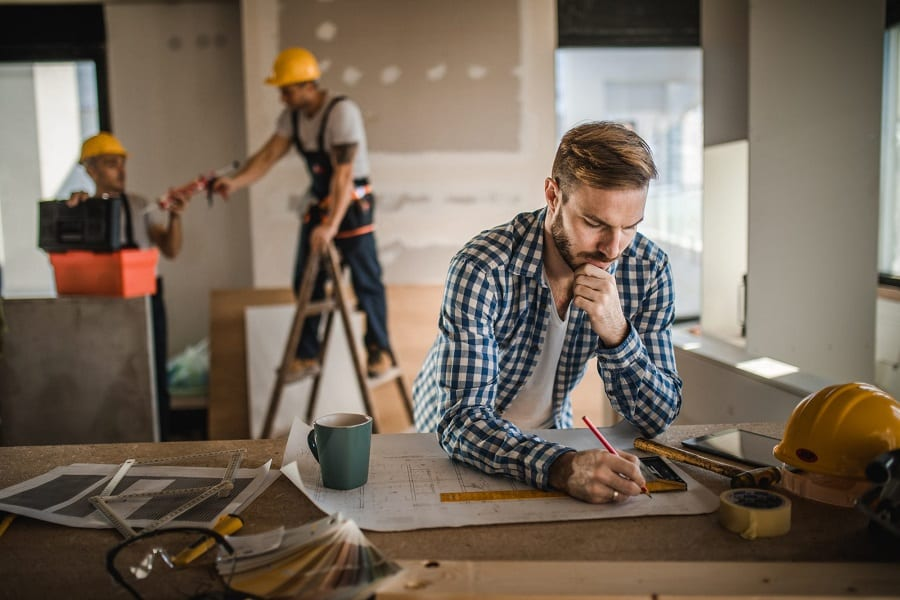 DIY Vs. Hiring A Contractor
