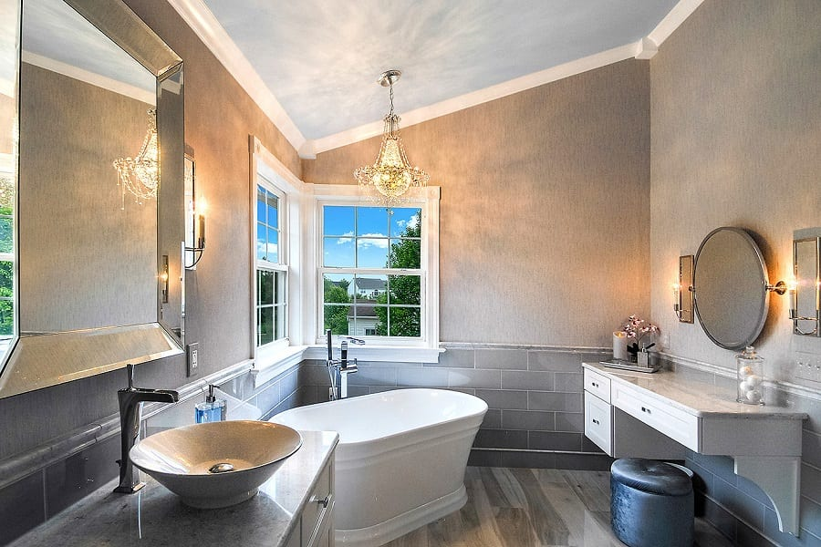 Bathroom Remodeling: The Ultimate Guide